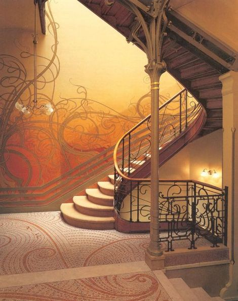 victor_horta_hotel_tassel_staircase1